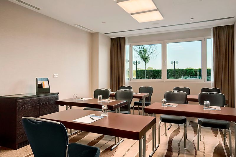 Hilton Vienna Danube Waterfront Meeting Room