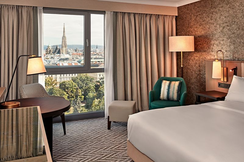 King Guest Room Park View