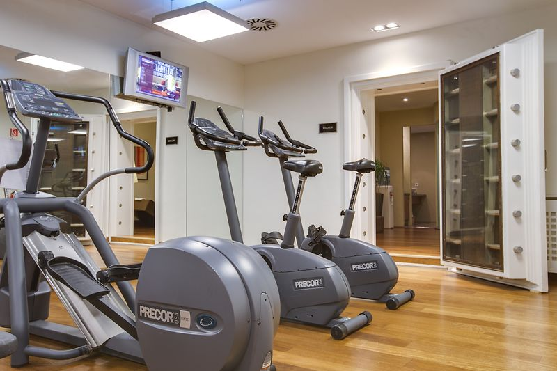 Work out and Sauna area