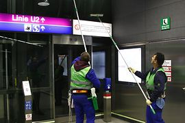 Cleaning of a subway station