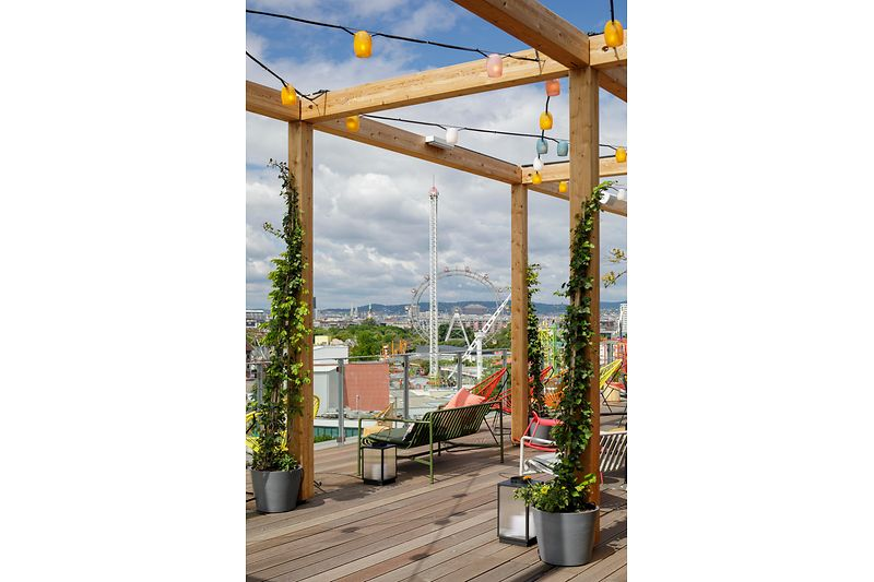 Roof terrace with spectacular view of the Prater